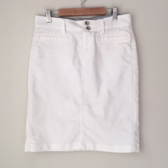 abd64160d5 Banana Republic Skirts | White Stretch Denim Skirt | Poshmark